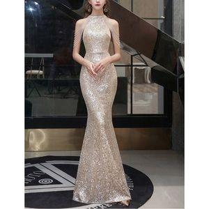 New Mermaid Sequins Halter Beadings Prom Dress